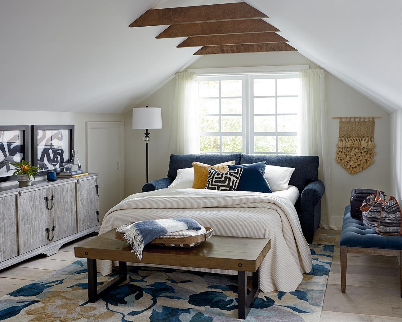 Decorating A Spare Guest Room Or Bonus