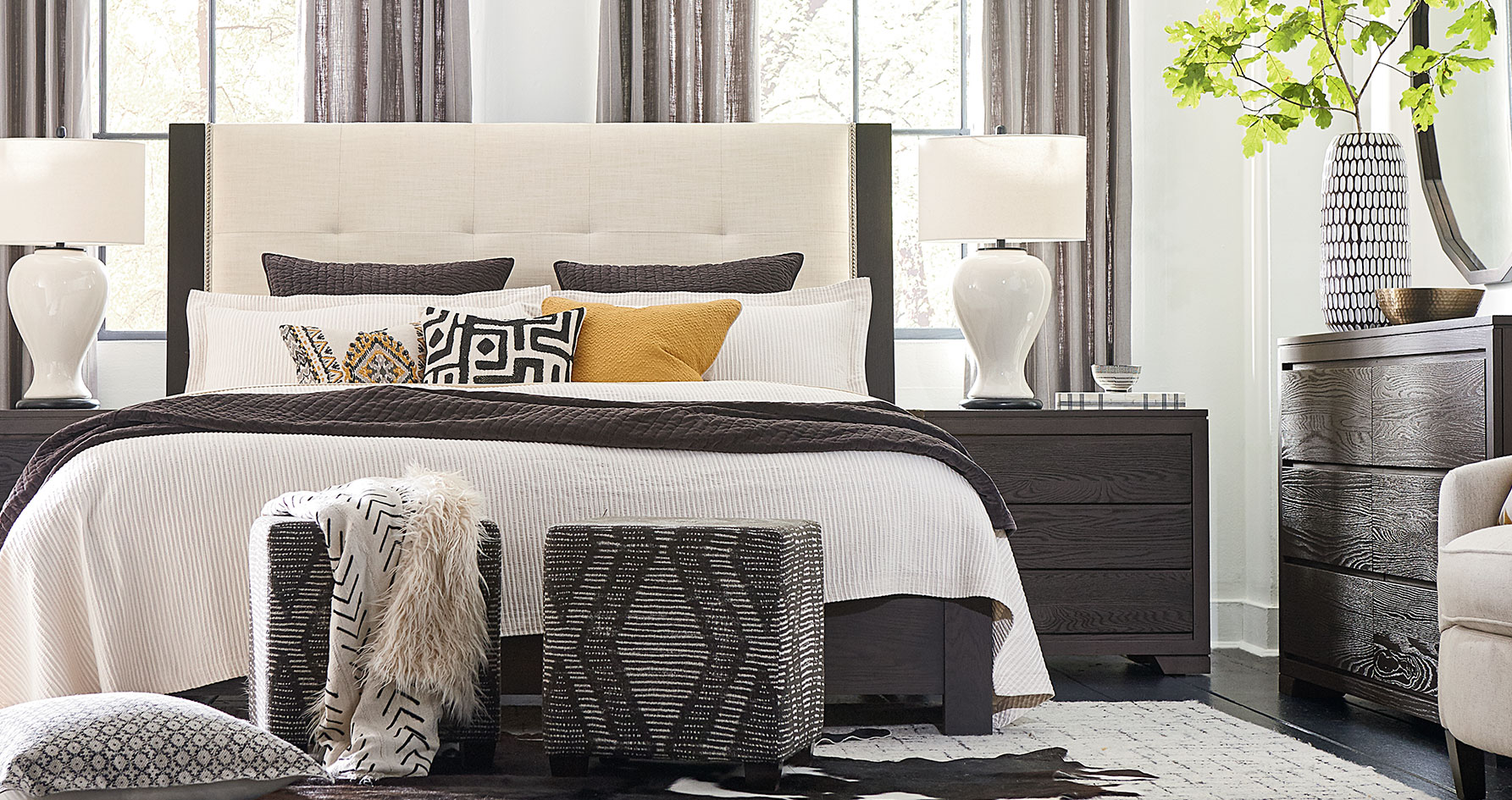 Furniture Stores Whitby On Canada Bassett Home Furnishings # Meuble Tv Jade Betty