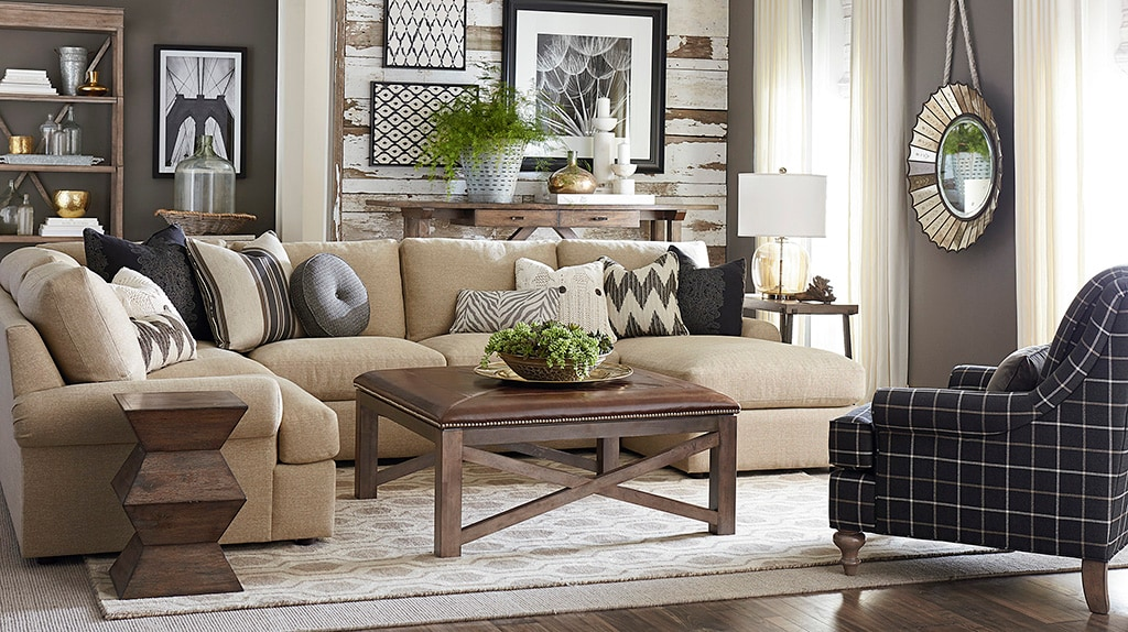 Decorating A Small Living Room On A Budget