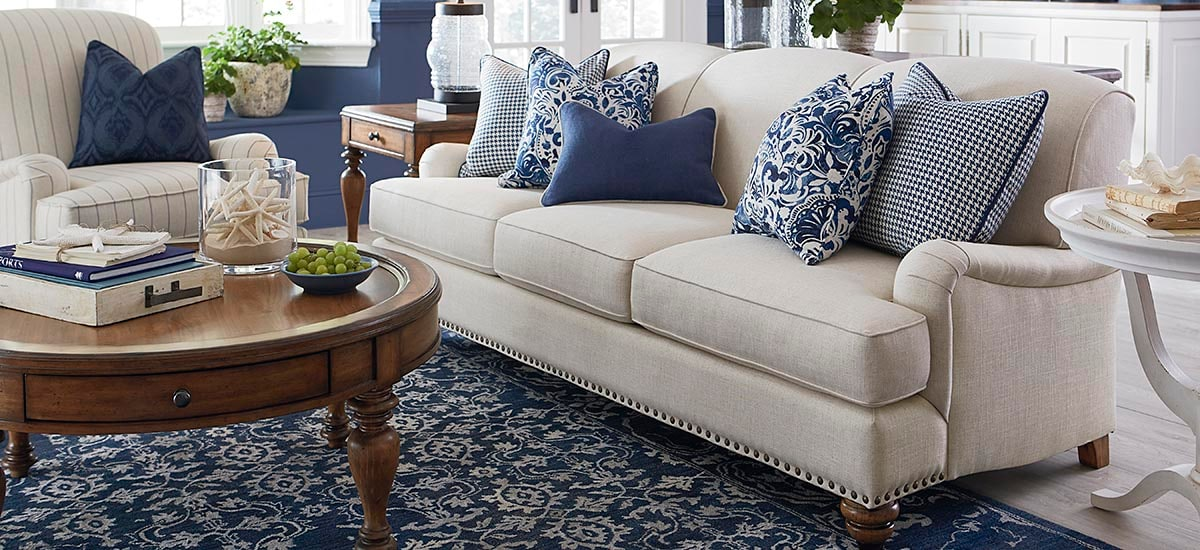 https://www.bassettfurniture.com/_images/infocontent/2622-62A-SP15.JPG