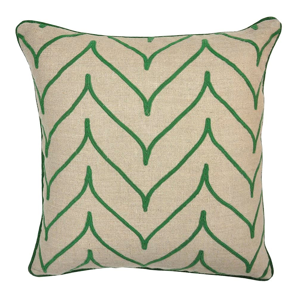 how to choose throw pillows for sofa bassett furniture Array Green