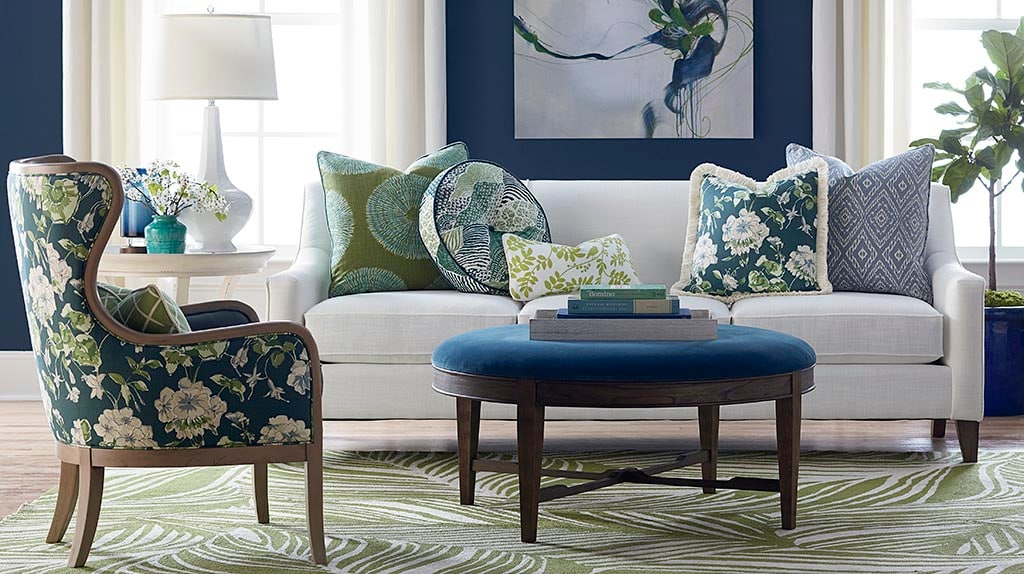 Inspiring Pictures Of Sofas And Pillows